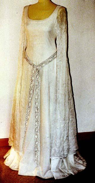 Galadrielkleid und Mantel